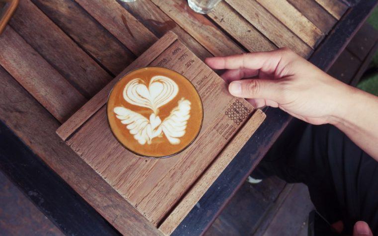 Nos destinations cafés et bars pour te tenir au chaud cet hiver