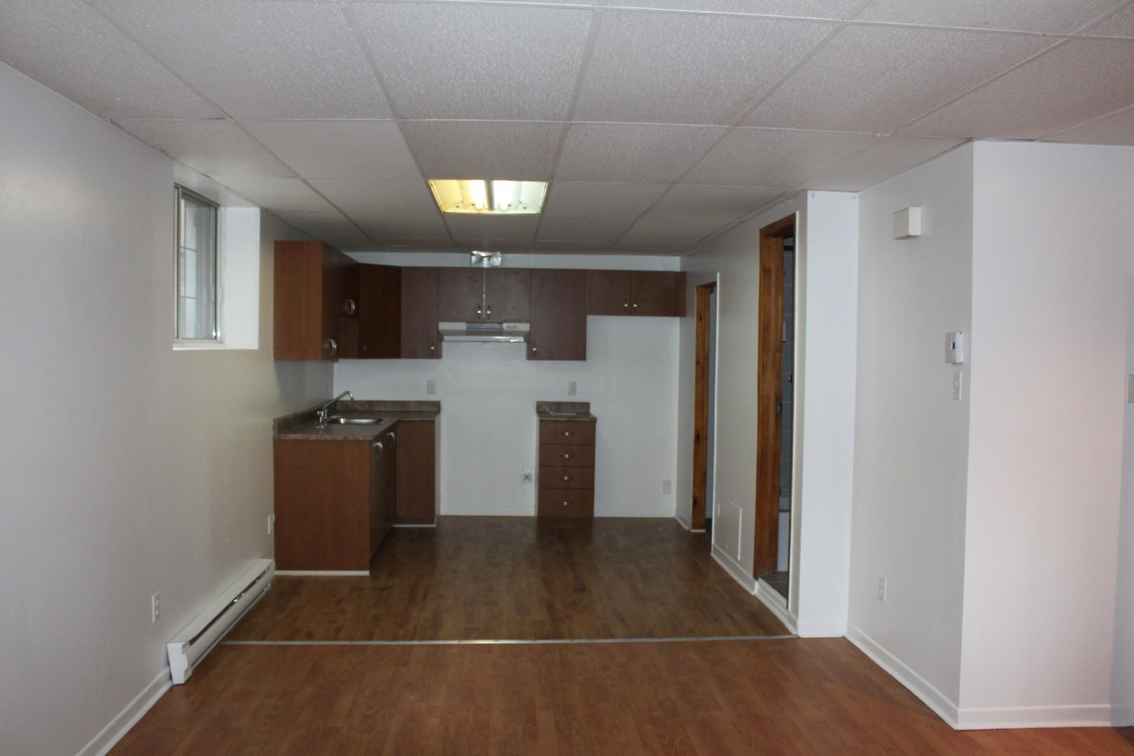 image 4 - Apartment - For rent - Montréal  (Tétreauville) - 2 rooms
