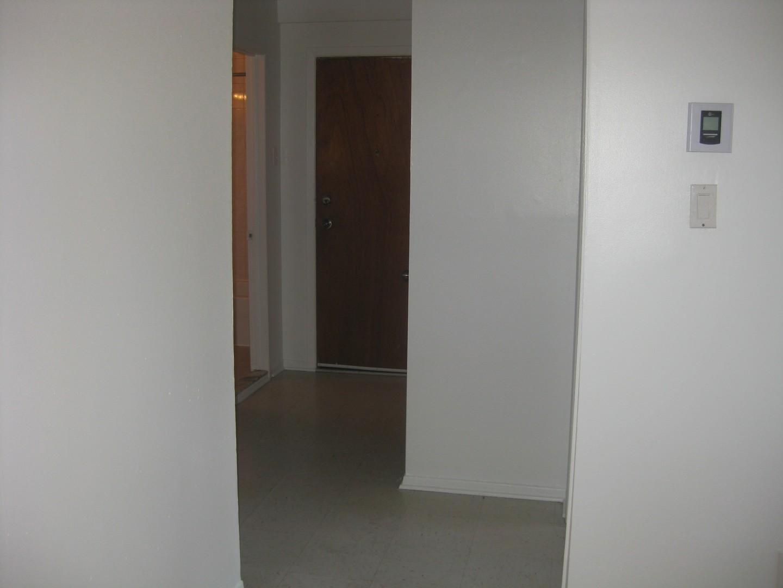 image 9 - Apartment - For rent - Montréal  (Montréal-Nord) - 4 rooms