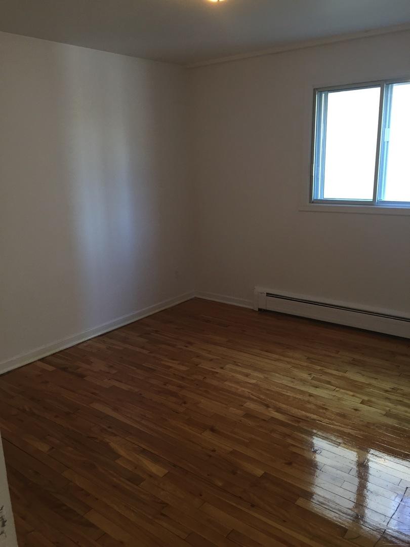 Appartement louer laval 415 copernic kangalou for Chambre a louer a laval