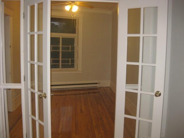 image 10 - Apartment - For rent - Montréal  (Centre-Sud) - 4 rooms