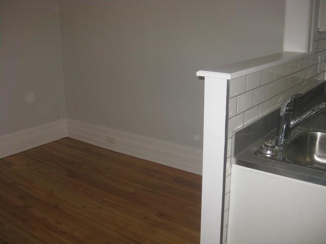 image 6 - Apartment - For rent - Montréal  (Centre-Sud) - 4 rooms