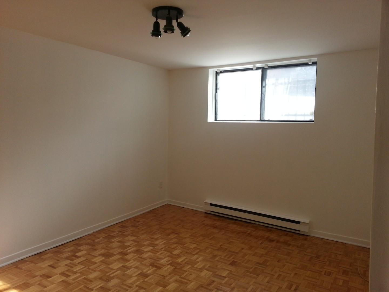 image 0 - Appartement - À louer - Montréal  (Montréal-Nord) - 4 pièces