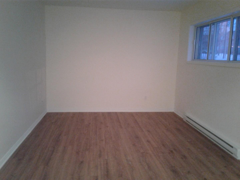 image 4 - Apartment - For rent - Montréal  (Rivière-des-Prairies) - 3 rooms