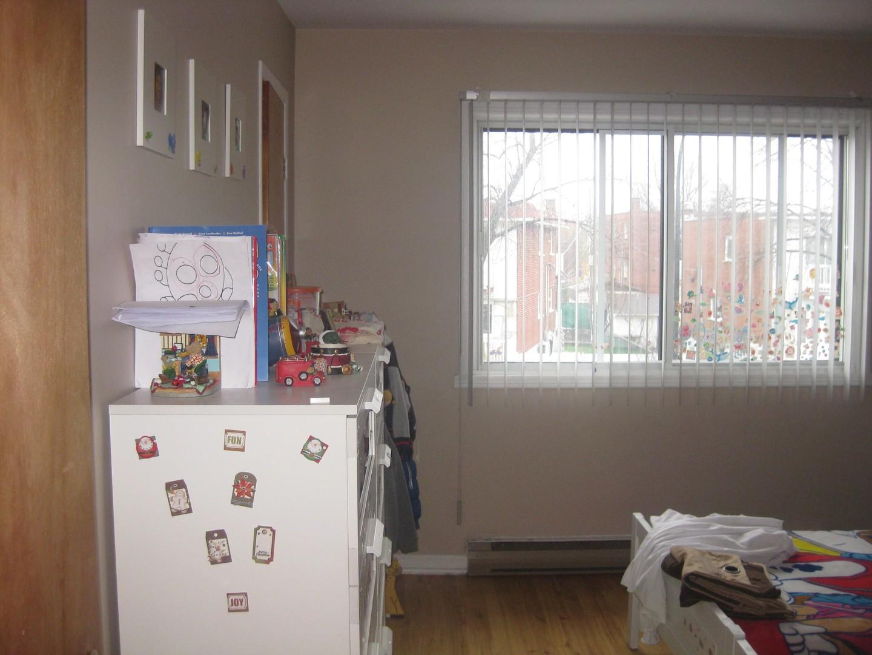 image 0 - Appartement - À louer - Montréal  (Saint-Leonard) - 5 pièces