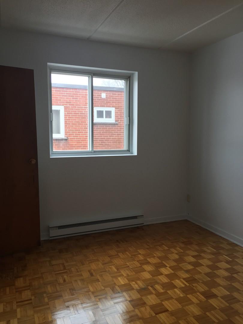 image 5 - Appartement - À louer - Montréal  (Montréal-Nord) - 4 pièces