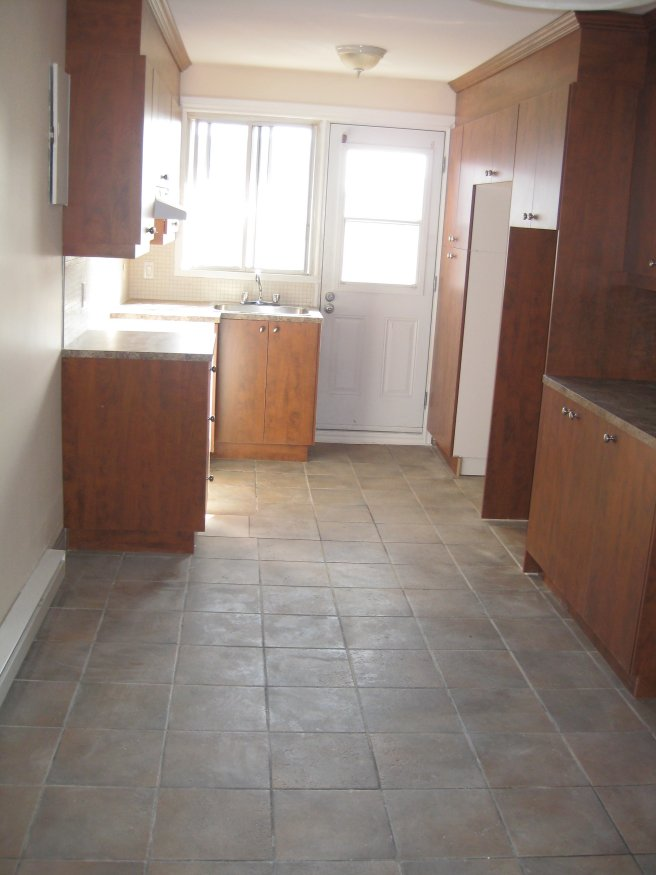 image 11 - Apartment - For rent - Montréal  (Saint-Leonard) - 3 rooms